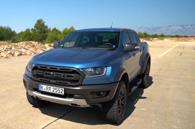 Ford Ranger Raptor вид спереди