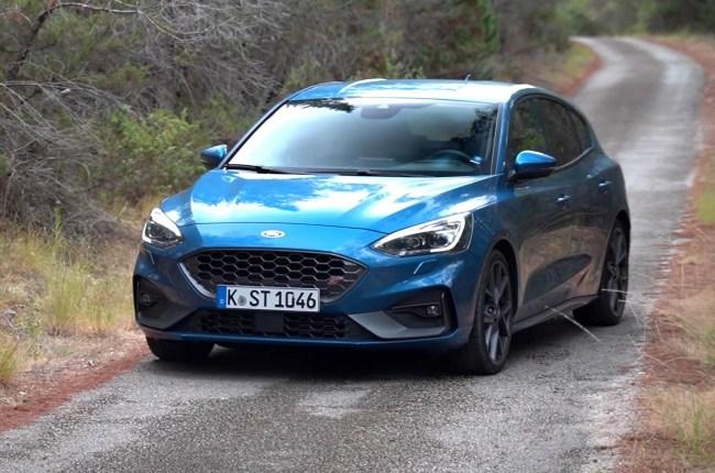 Ford Focus ST вид спереди