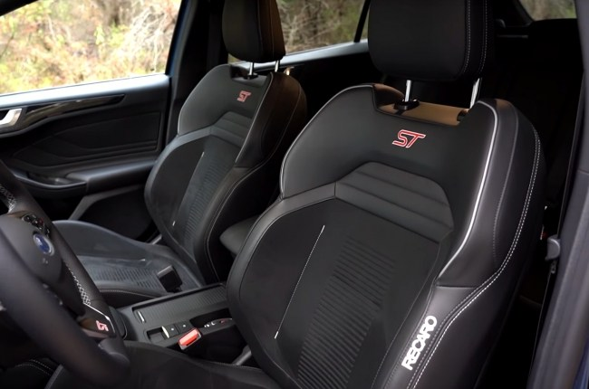 Ford Focus ST сиденья