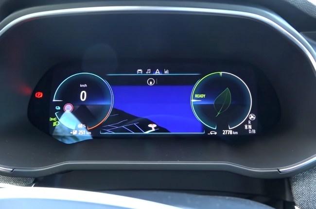 Renault ZOE панель приборов