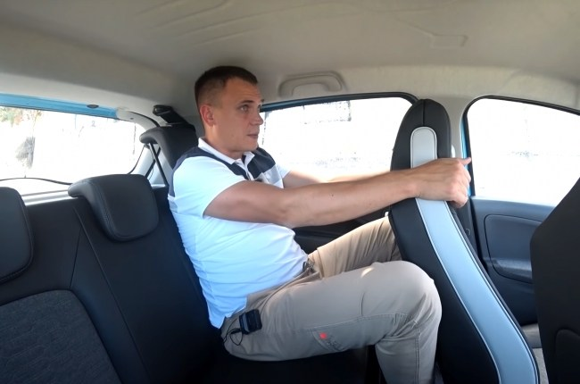 Renault ZOE задний ряд сидений