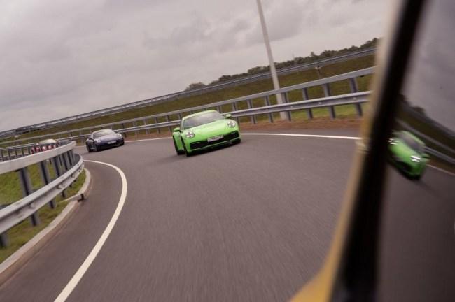 Быстро рассматриваем, знакомимся и едем. Porsche 911 Carrera
