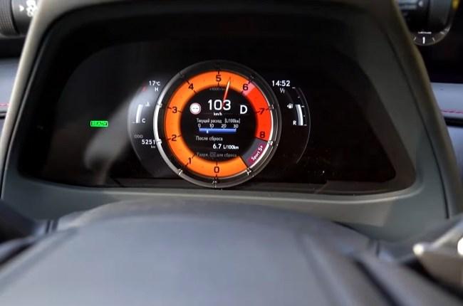 Lexus UX разгон до 100