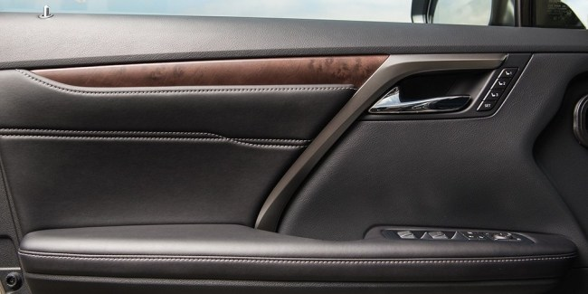 Острота зрения. Lexus RX