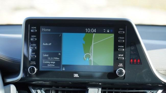 Toyota C-HR мультимедиа
