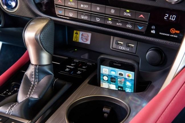 Что изменил рестайлинг. Lexus RX