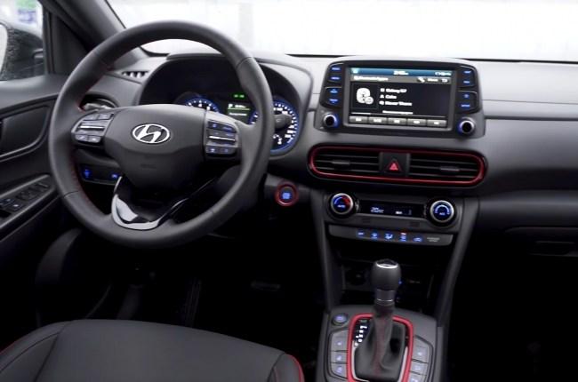 Hyundai Kona салон