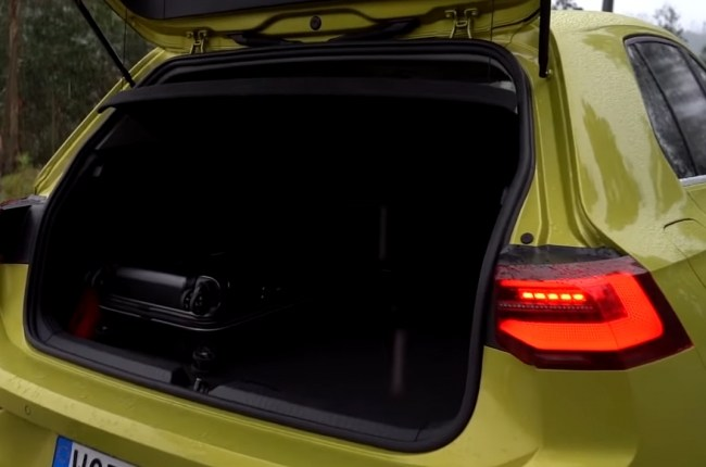 VW Golf 8 багажник