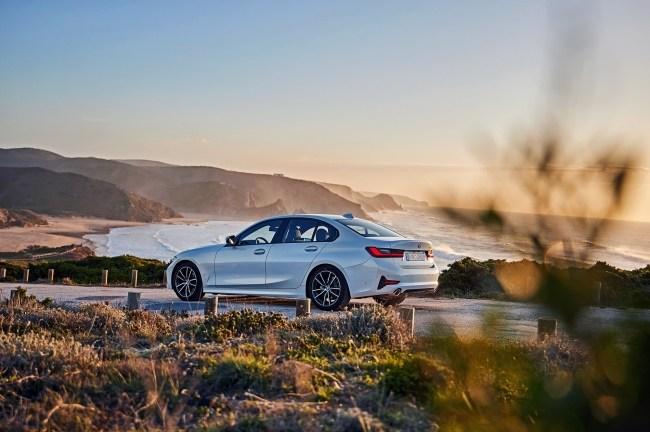 Поигрываем мускулами. BMW 3 Series Sedan (G20)
