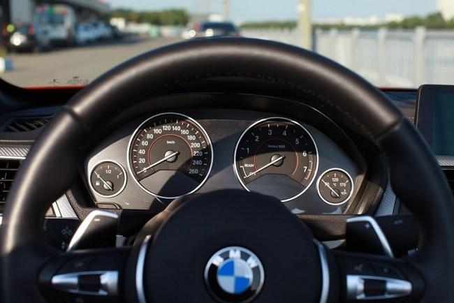 Незаменимый атрибут красивой жизни. BMW 4 Series Convertible (F33)