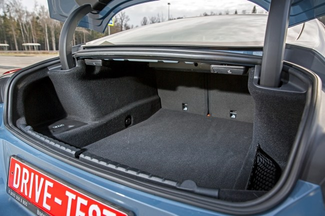 Обнаруживаем туристическое начало в купе. BMW 8 Series Coupe (G15)