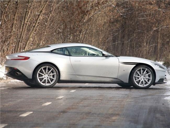 Без права на убийство. Aston Martin DB11
