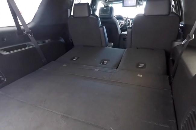 Cadillac Escalade багажник