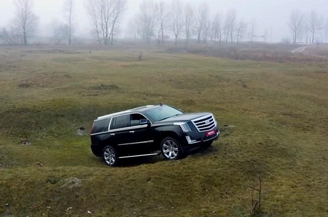 Cadillac Escalade на бездорожье