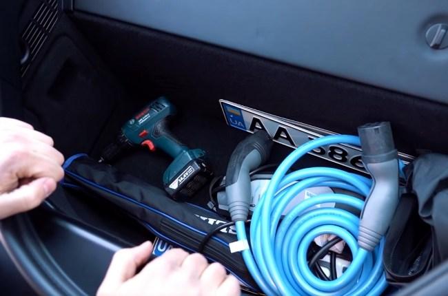 BMW i8 багажник