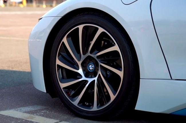 BMW i8 колеса