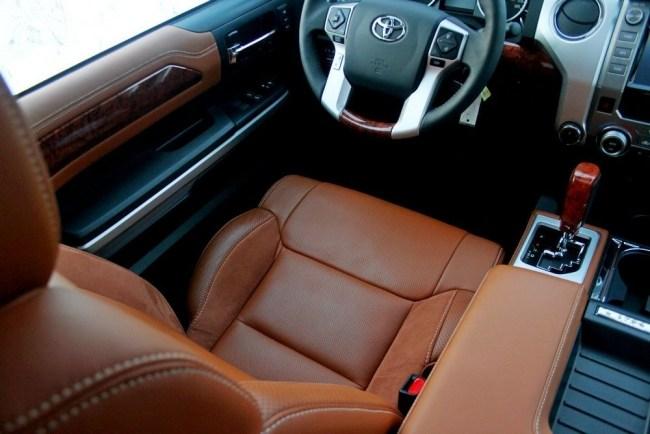 Настоящий ковбой. Toyota Tundra CrewMax