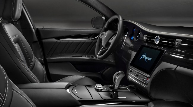 Maserati Quattroporte: тело седана, сердце жеребца. Maserati Quattroporte