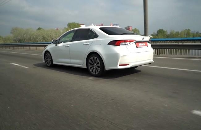 Toyota Corolla поведение на дороге