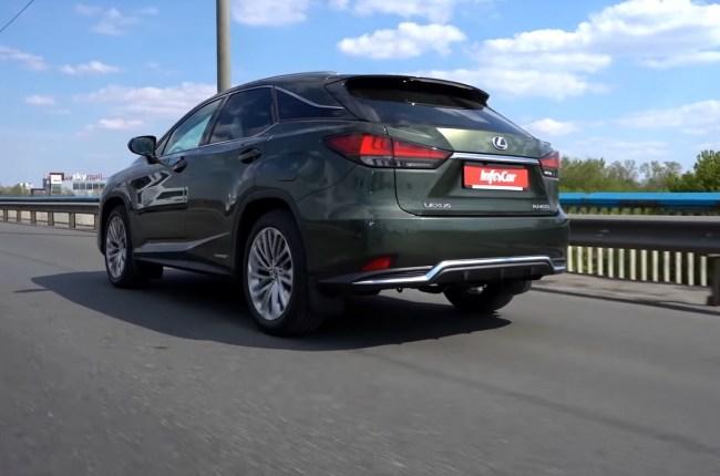 Lexus RX 450h поведение на дороге
