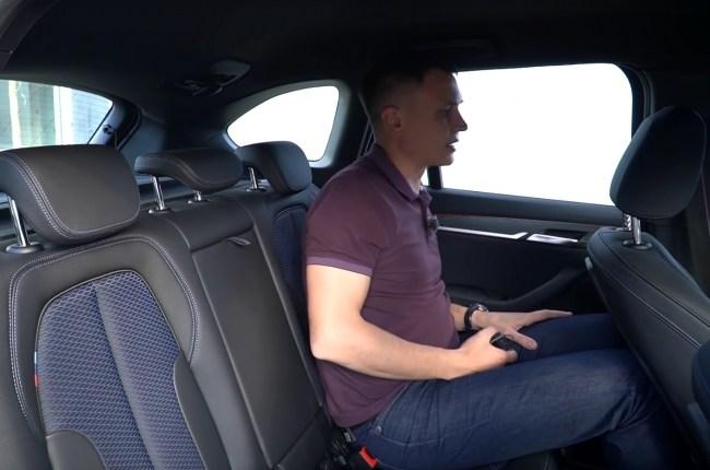 BMW X1 задний ряд сидений