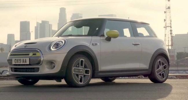 Электрическое будущее наступает – Electric Mini Cooper SE. MINI Hatchback Electric