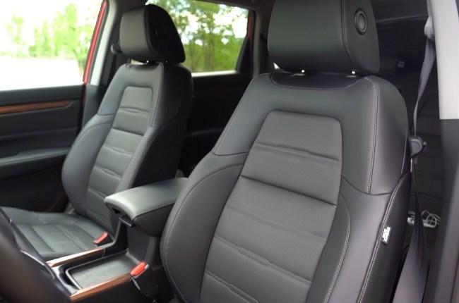 Honda CR-V Hybrid сиденья