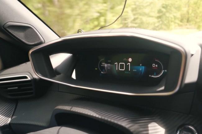 Peugeot 2008 разгон до 100