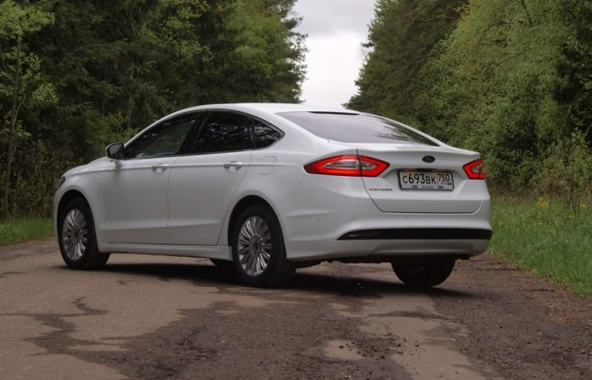 Ford Mondeo: Back in USA. Ford Mondeo Sedan