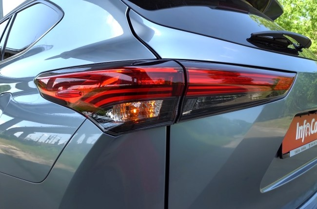 Toyota Highlander задние фонари