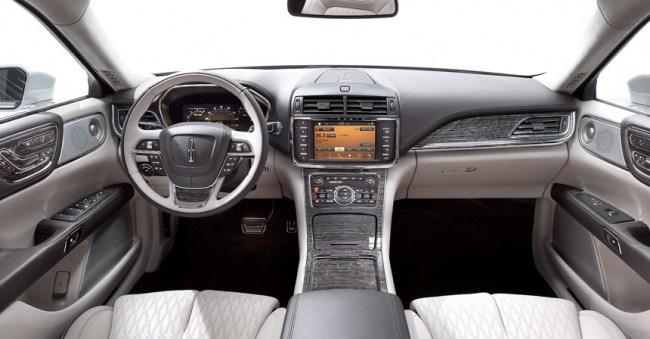 Чорна мітка і замах на S-клас: Lincoln Continental. Lincoln Continental