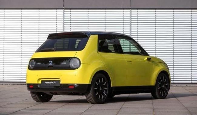 Электрический Honda e: стремление к идеальному сити-кару. Honda E