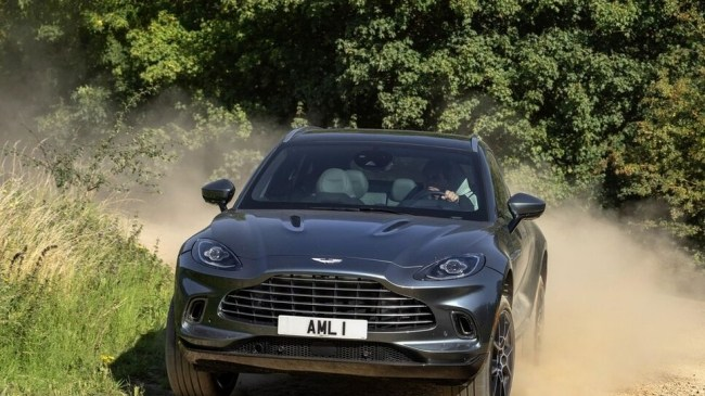 Aston Martin DBX. Рисковый бизнес. Aston Martin DBX