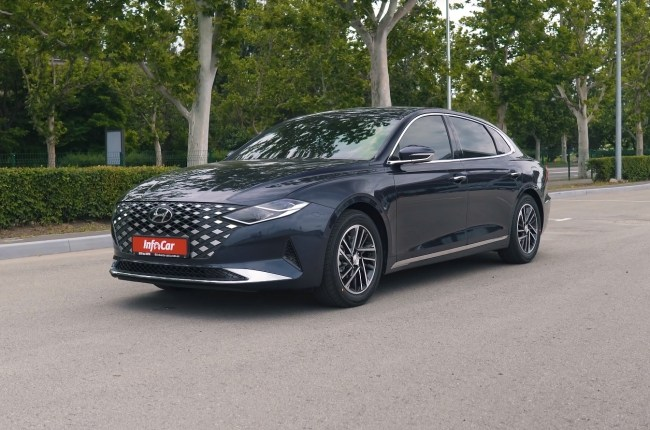 Hyundai Grandeur: a way to stand out in the gray stream of competitors