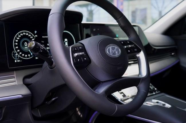 Hyundai Grandeur руль
