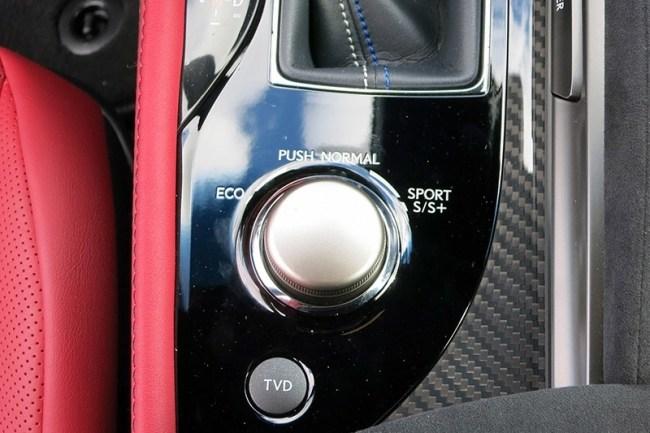 Lexus GS-F: дикий барин. Lexus GS F