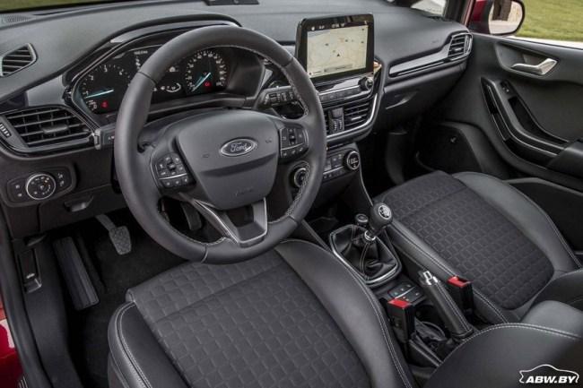 Ford Fiesta: За очередной грунтовой шпилькой. Ford Fiesta 5-ти дверная