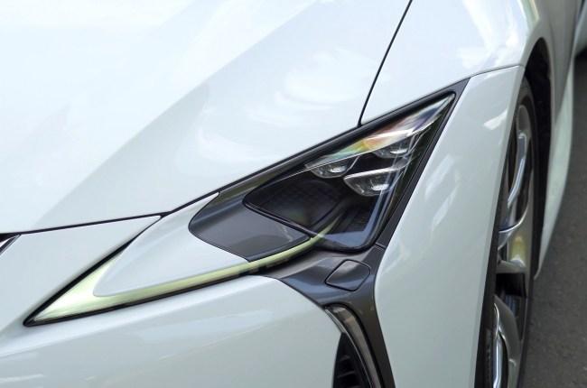 Lexus LC 500h фары