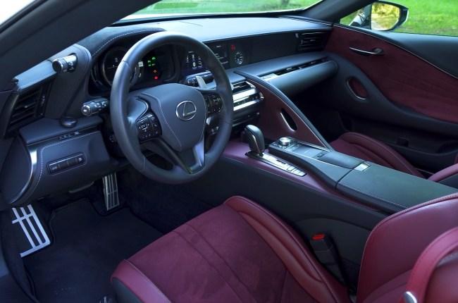 Lexus LC 500h салон