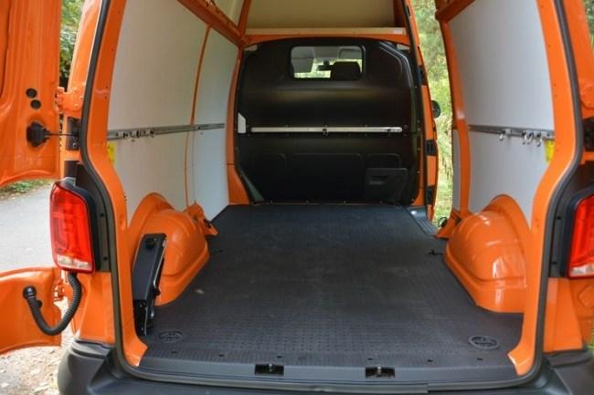 Кубический «апельсин»: обновленный Volkswagen Transporter 6.1. Volkswagen Transporter Kasten