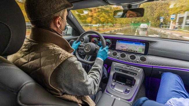 Притормаживаем рандеву с обновлённым Мерседесом E 200. Mercedes E-Class (W213)