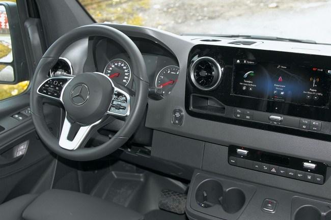 Проект кортеж: Mercedes-Benz Sprinter Tourer. Mercedes Sprinter Tourer (W907)
