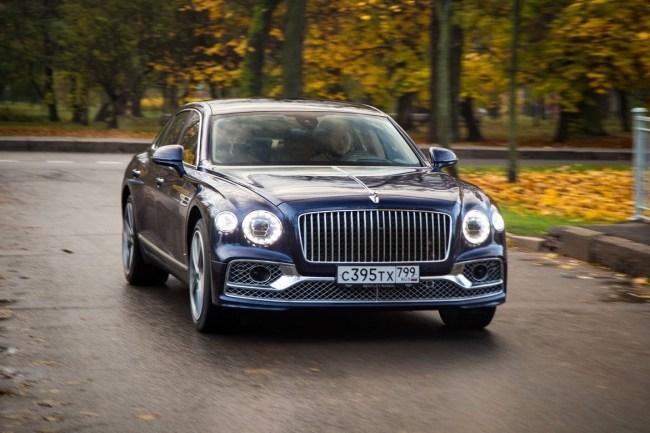 Bentley Flying Spur: прикосновение к традициям. Bentley Flying Spur