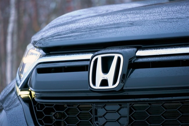 В компании с обновленной Honda CR-V. Honda CR-V