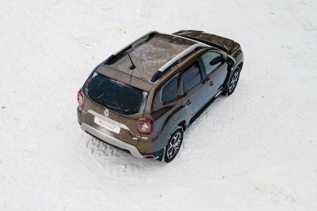 Новый мотор, новый салон и старые дорожные повадки: Renault Duster. Renault Duster
