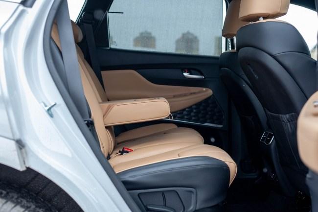 Hyundai Santa Fe второй ряд сидений