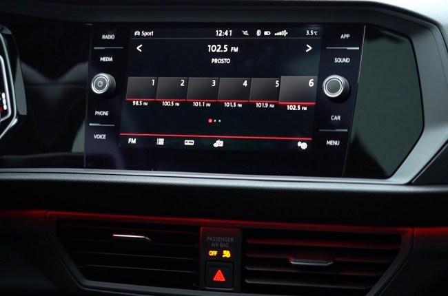 Volkswagen Jetta GLI мультимедийная система