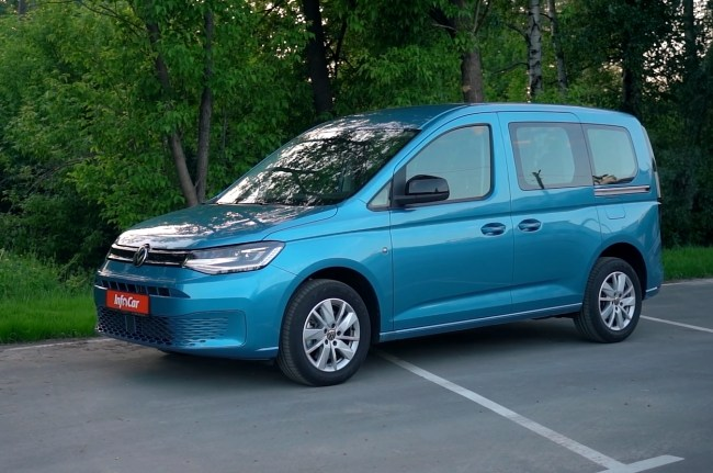 Volkswagen Caddy вид сбоку