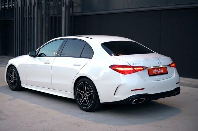 Mercedes-Benz C-Class вид сзади