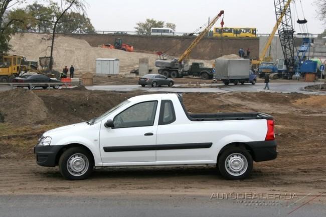 Тест-драйв  Renault  Logan Pick-Up: Легковой пикап для коммерсантов и строителей